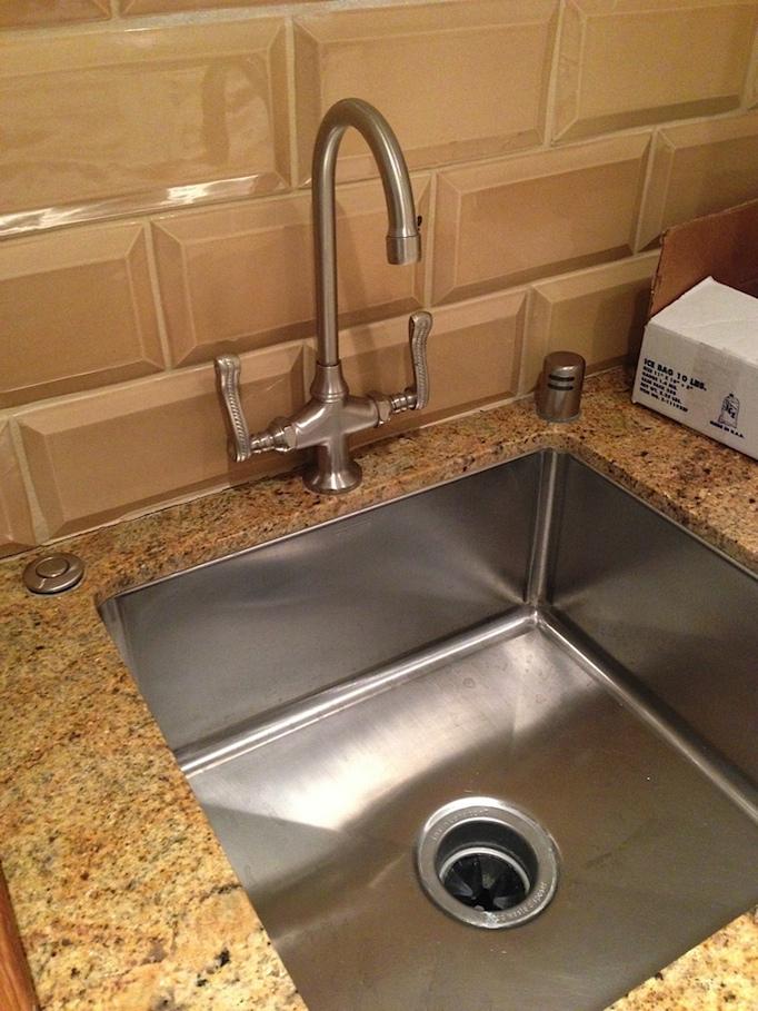 white-modern-kitchen-remodel-owens-and-davis-10