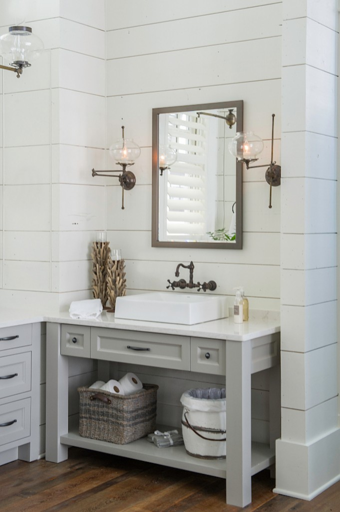 6 inspiring bathrooms pinterest favorites for Bathroom design pinterest