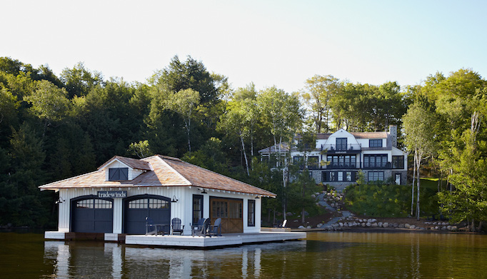 muskoka-living-lake-house-exterior