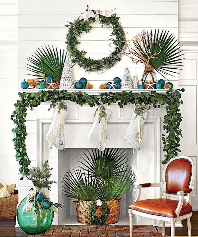 holiday-greenery-coastal-mantle