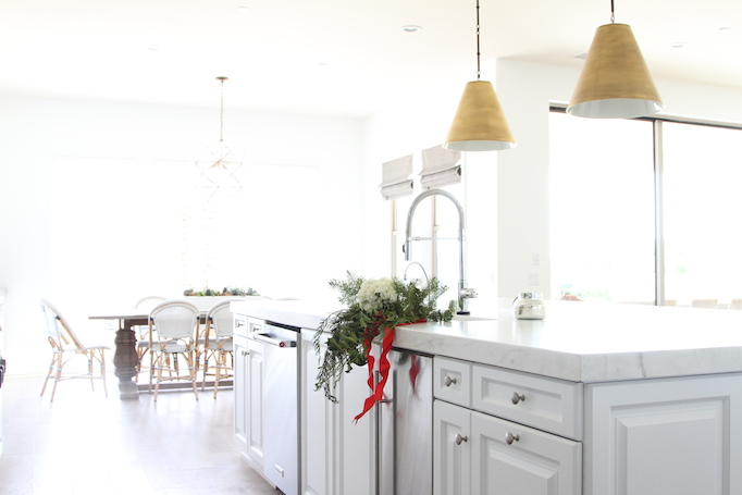 Mini Holiday Kitchen Makeover